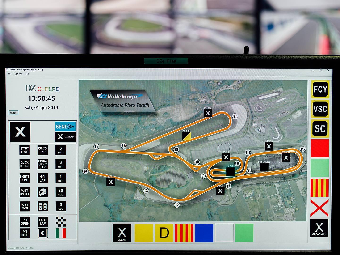Sicurezza negli autodromi, l'italiana DZ Engineering introduce le DZe-Flag, saranno obbligatorie in tutti i circuiti motoristici